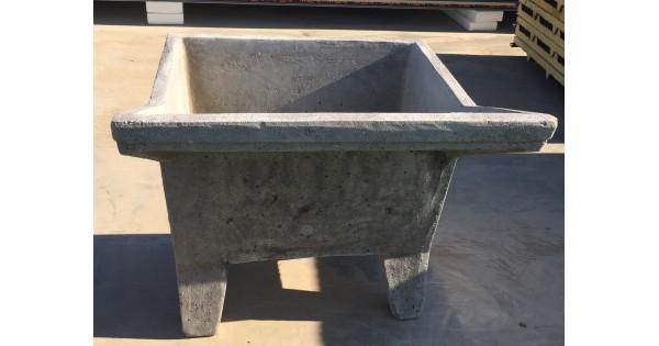 Lavatoio in cemento cm